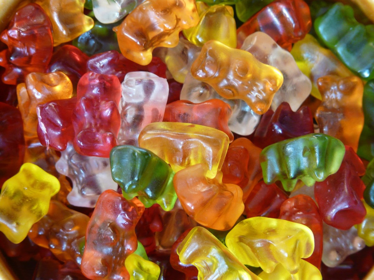 Gummy bears made of gelatin