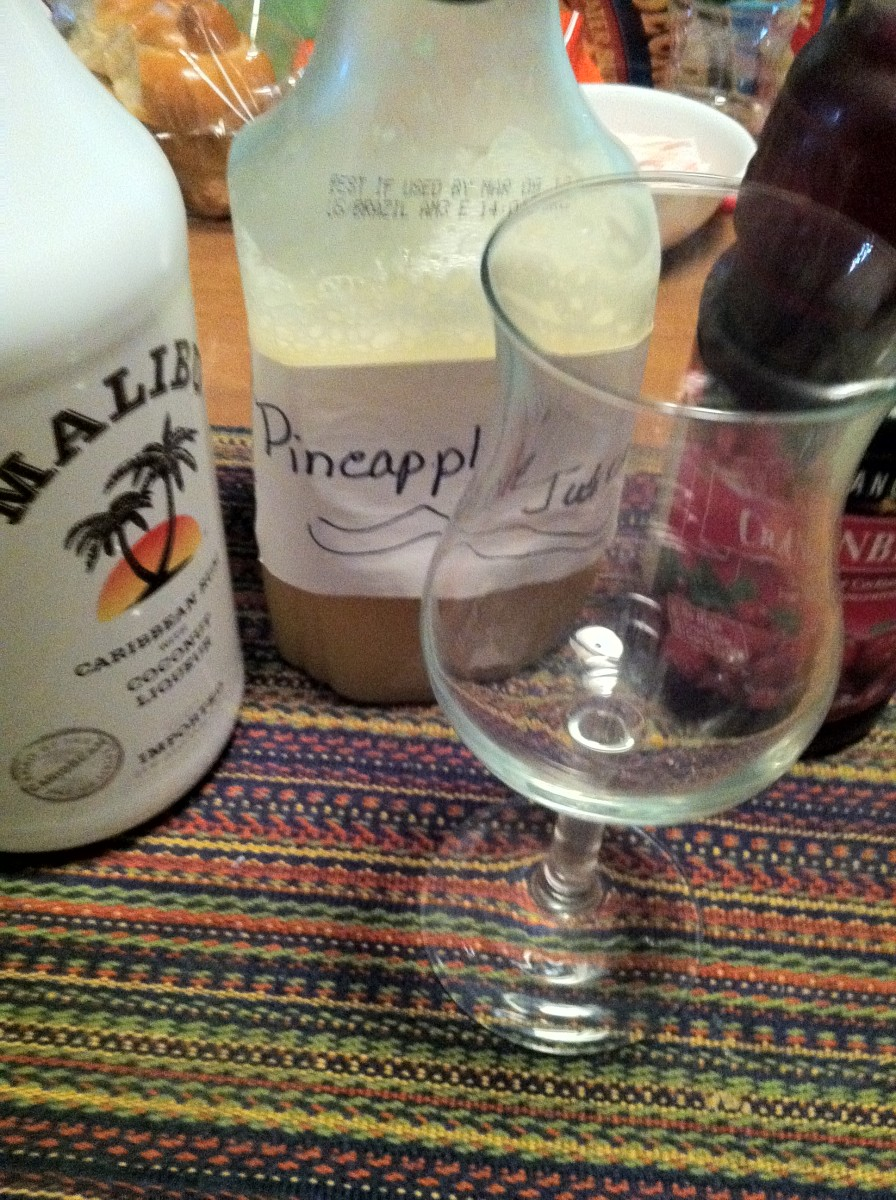 How to Prepare and Make a Malibu Bay Breeze - with Malibu Rum