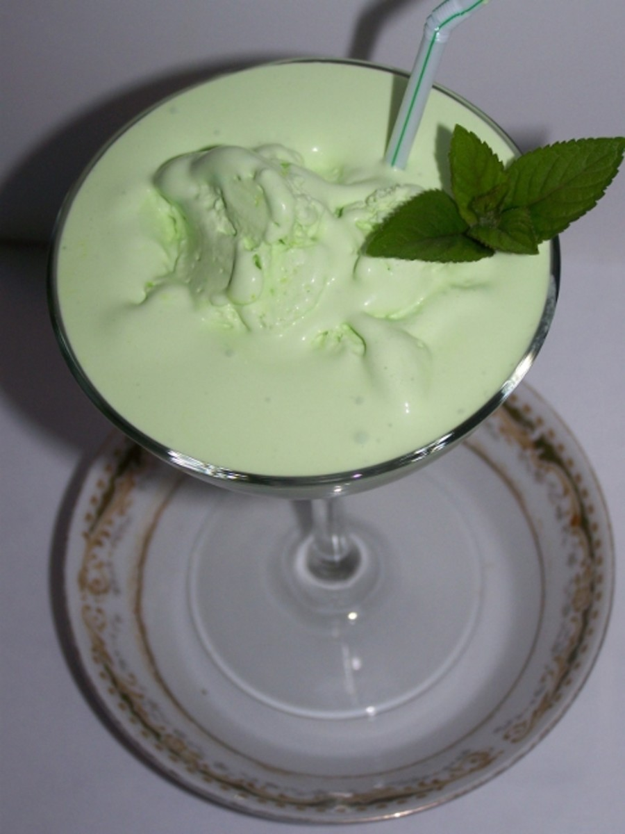 make-ahead-grasshopper-ice-cream-drink