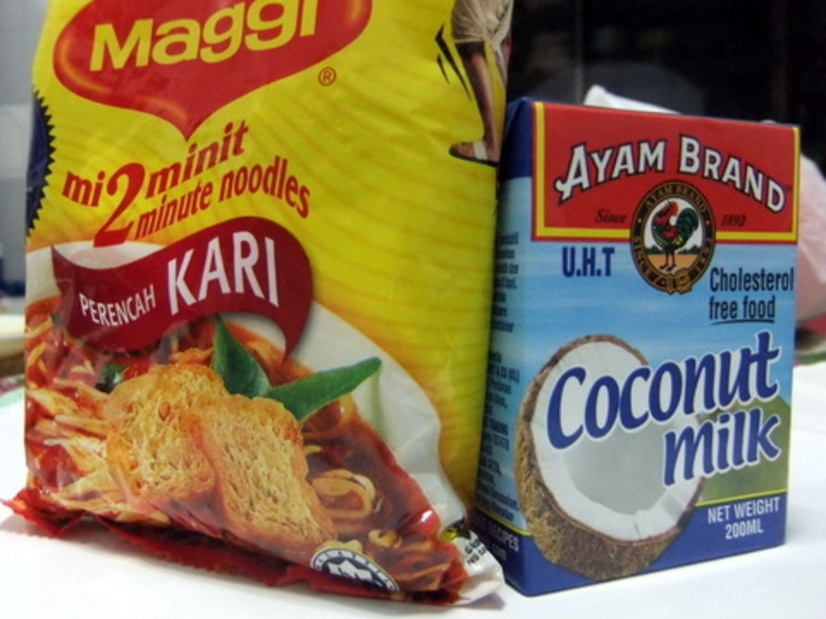 Curry Instant Noodle and Package Coconut Milk that I use for this Mee Kari Recipe