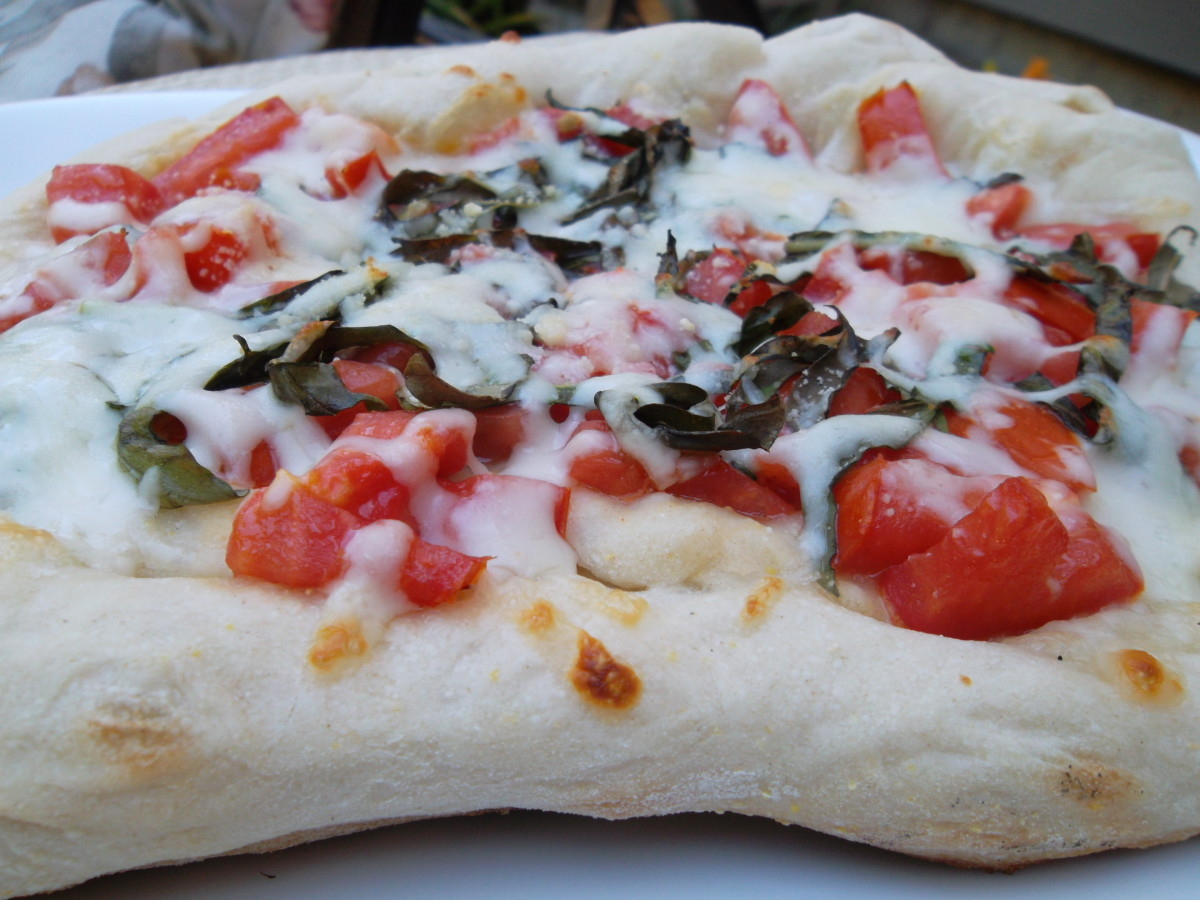 Pizza Margherita: colors of the flag of Italy