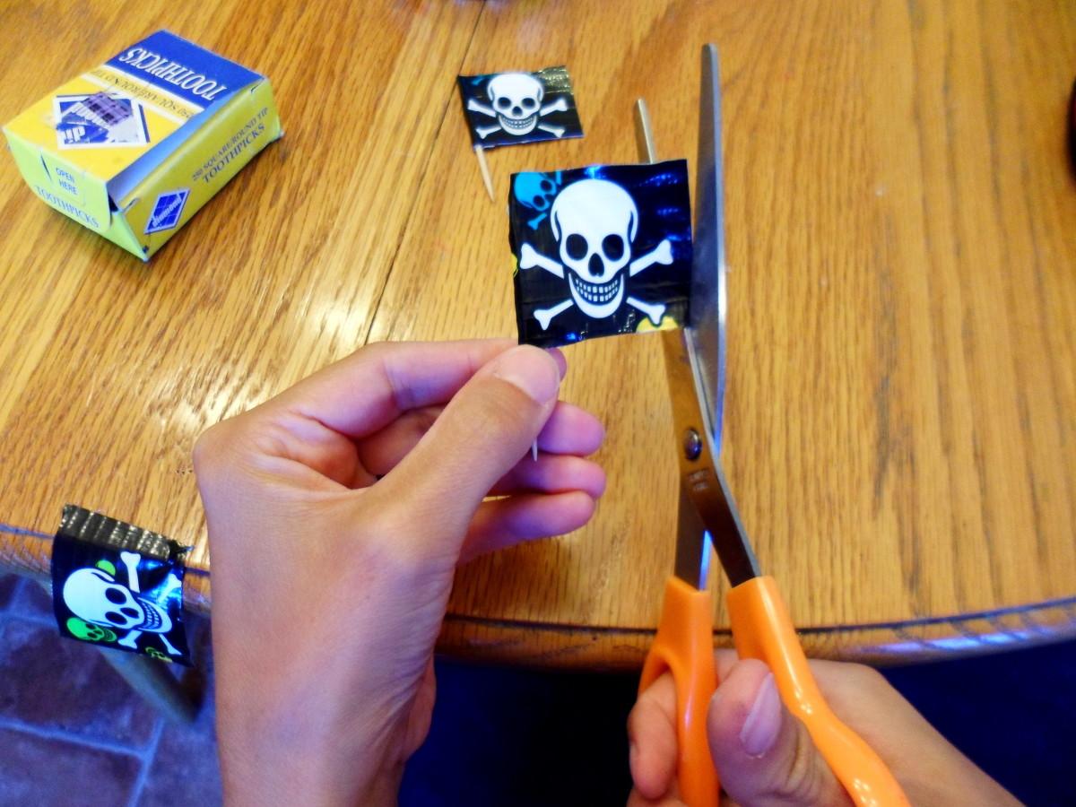 Trim the edges to make a pirate flag.