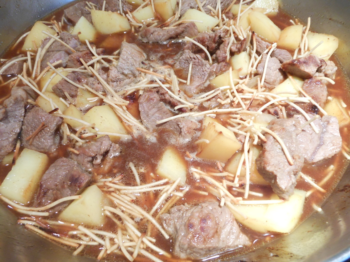 Pour the beef boullion over the fideo mixture, bring to a boil, cover and let simmer on low for 10  minutes.