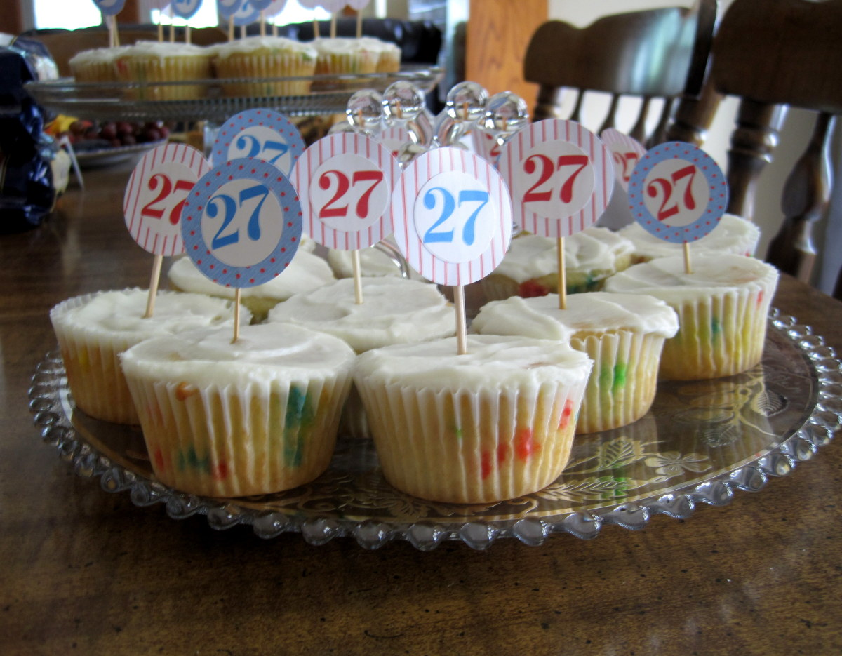 How To Make Easy Personalized Cupcake Toppers Delishably Food And Drink