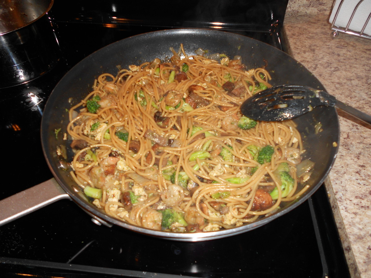 Shrimp and vegetable lo mein