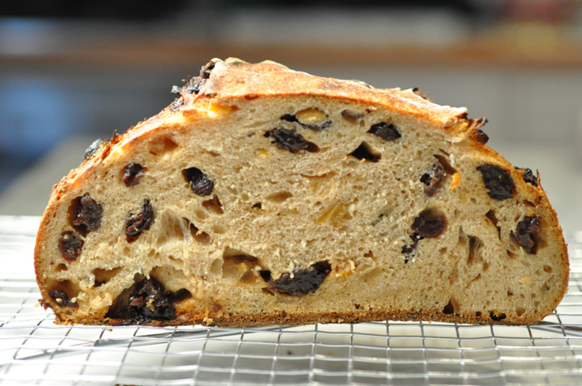 Fruit loaf with black raisins and candied peel Image: © Siu Ling Hui