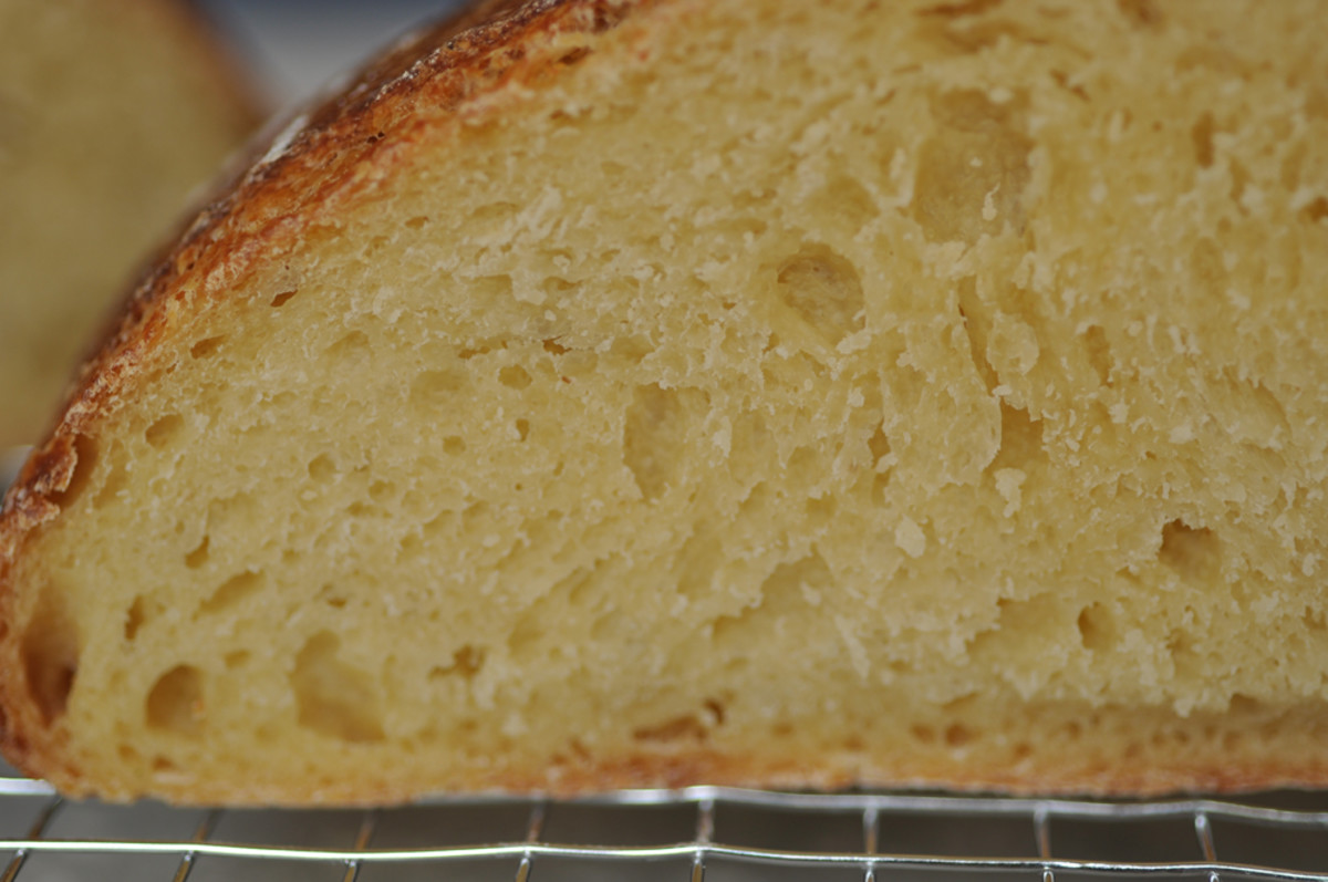 Close up section of the 100% semola loaf. Image: © Siu Ling Hui