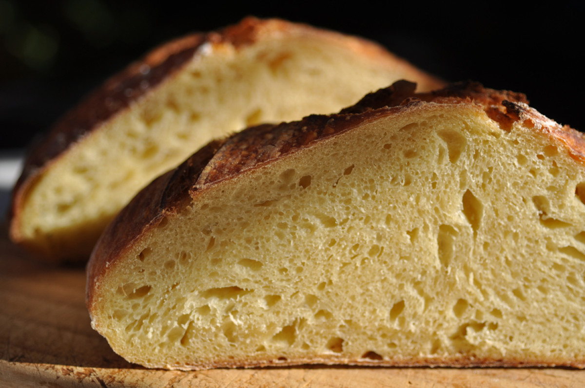 A more open crumb at 70% hydration (than 65%). Love the golden colour of semola. Image: © Siu Ling Hui