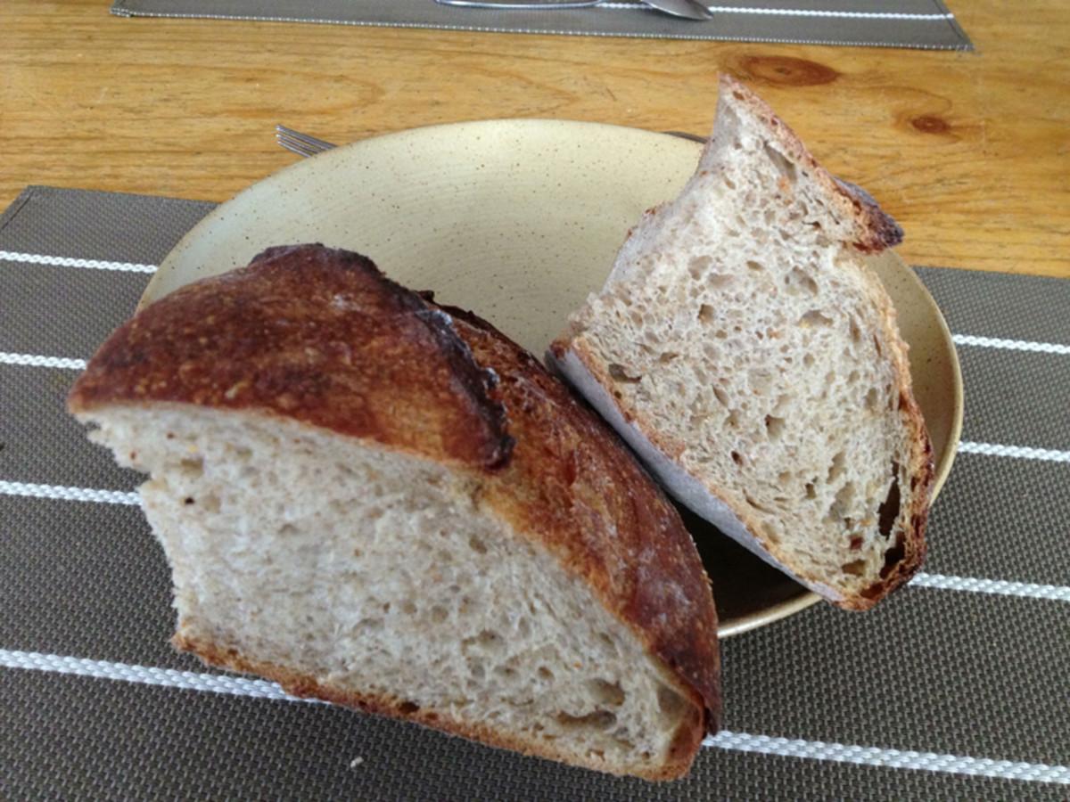The largest loaf. Proofed in a colander. Baked at 215°C. Image: © Francoise Garnier
