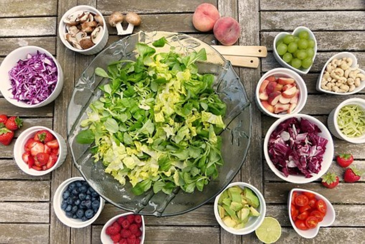 Crisp lettuce is always the center of any great salad but there are an infinite amount of combinations that you can add.  A salad spinner will ensure that lettuce is the crisp foundation that it should be!