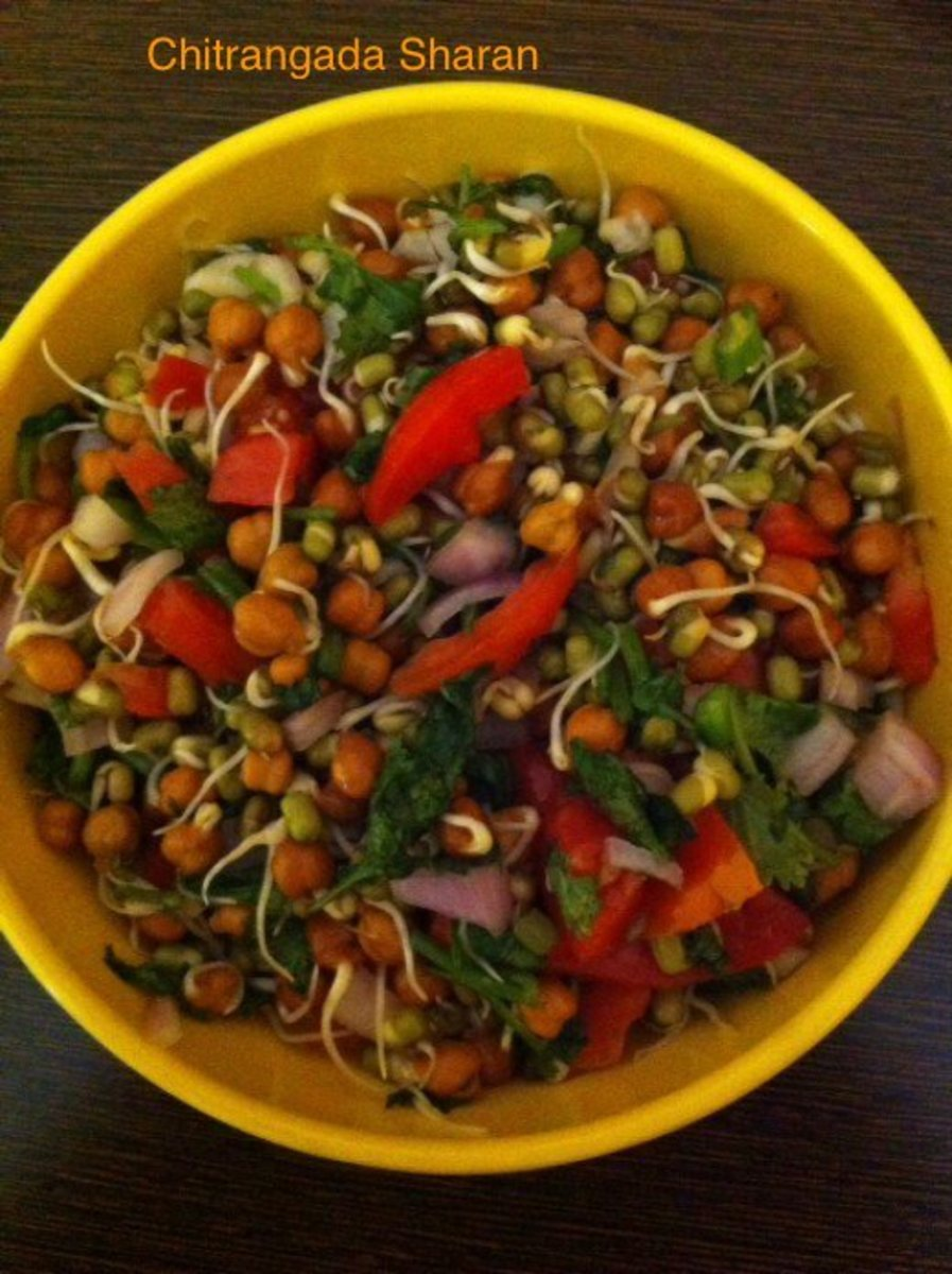 Delicious Green gram, black gram snack recipe ( moong , Chana sprouts chaat recipe) . Add chopped onion, tomatoes, green coriander and lime juice to make it yummy and nutritious