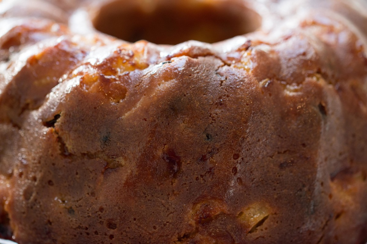 Just after glazing—the apple bundt cake smells delicious!