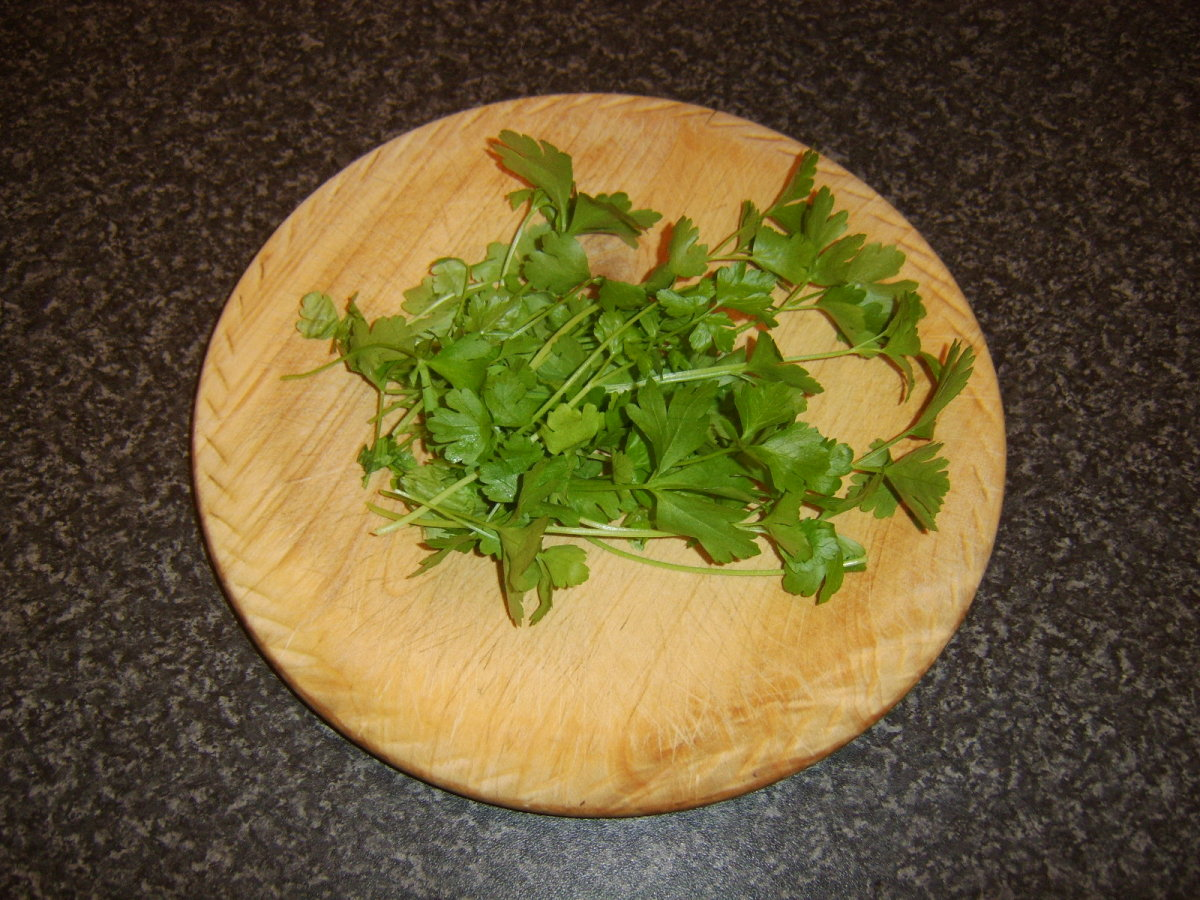 Fresh parsley for the pea and ham soup
