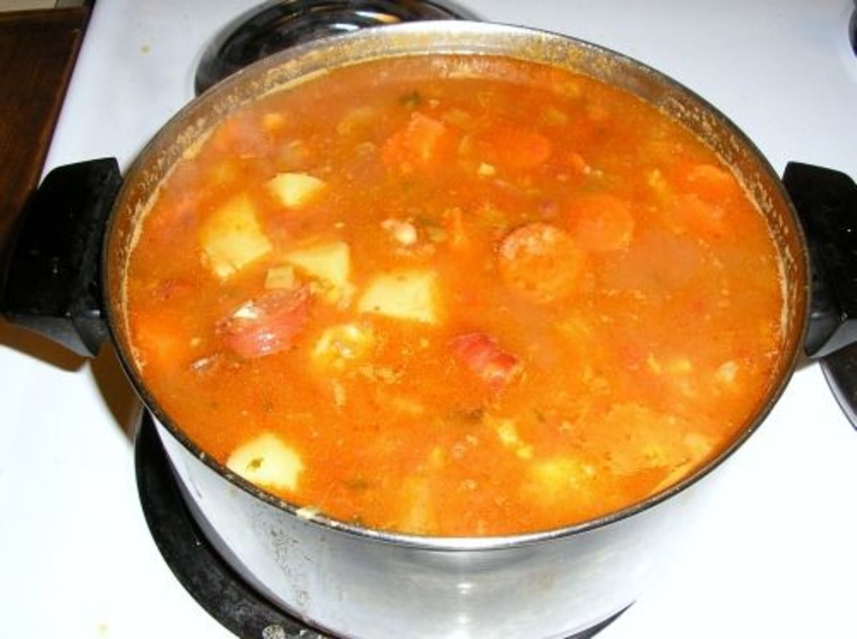 Hawaiian-style Portuguese bean soup.