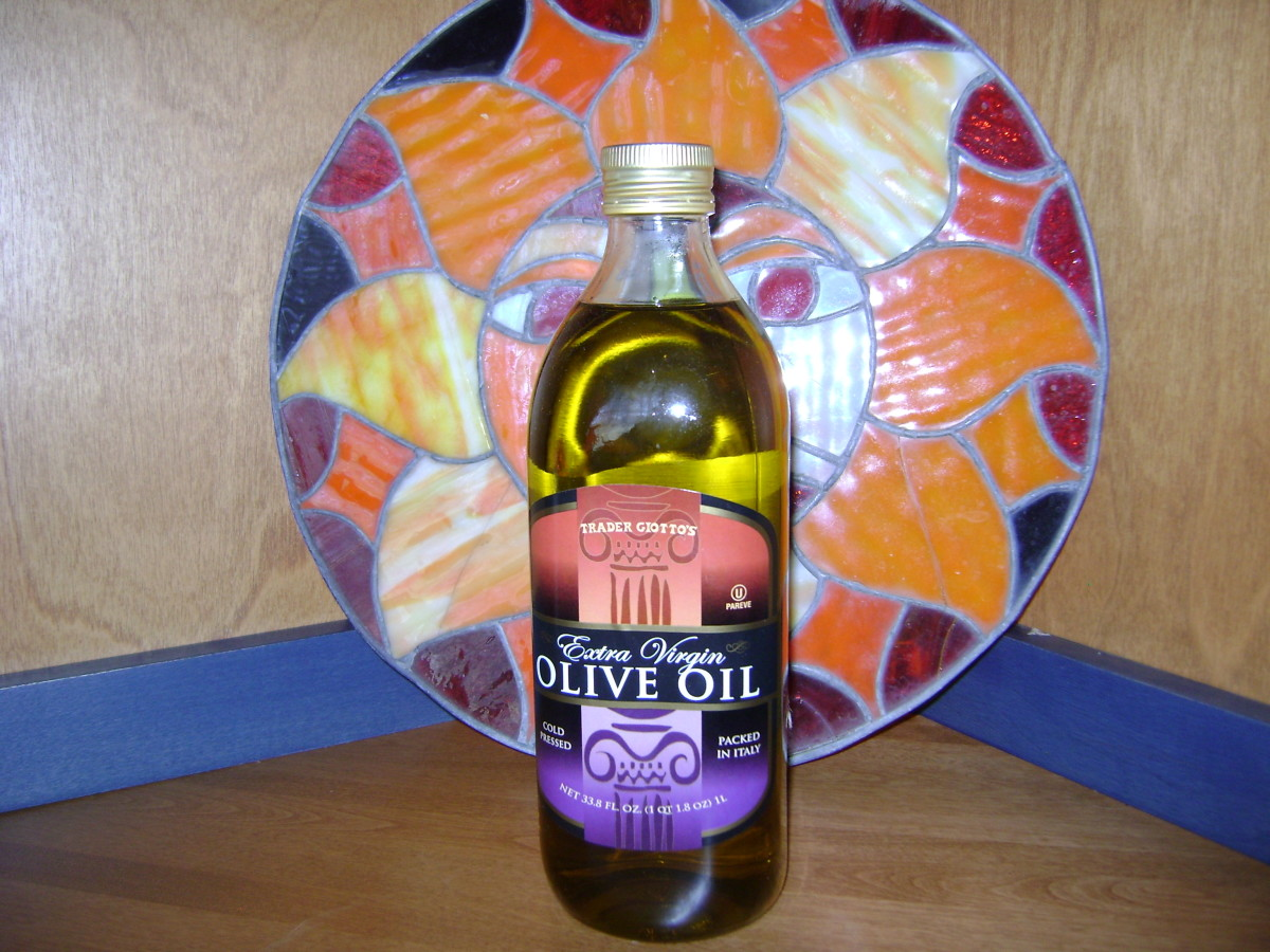 Extra virgin olive oil contains oleocanthal, which has been shown to have anti-inflammatory properties.