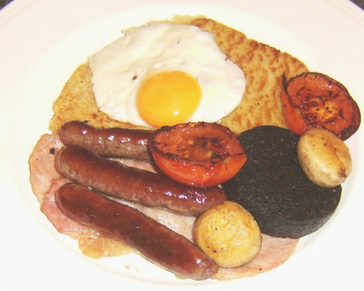 Ulster fry is plated up and ready to eat