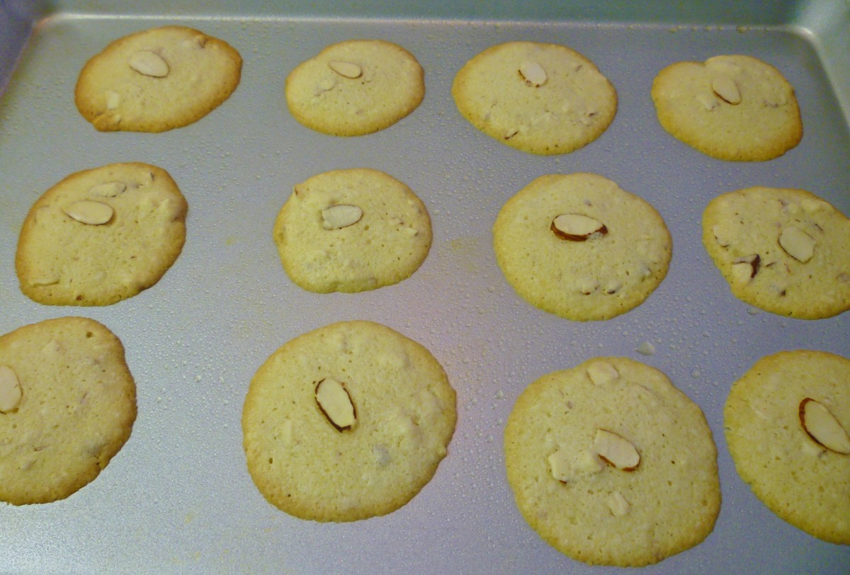 Baked cookies fresh out of the oven.