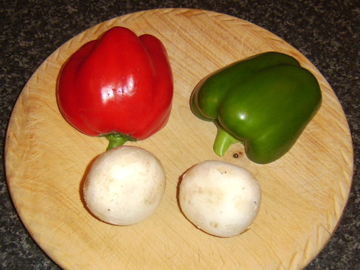 Bell peppers and mushrooms for rabbit pie