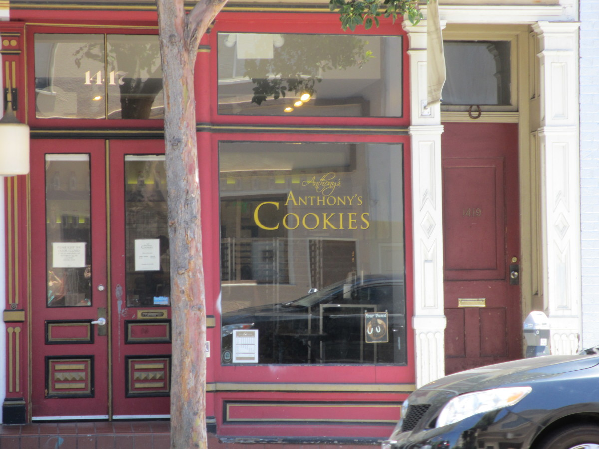 The Anthony's Cookies storefront.