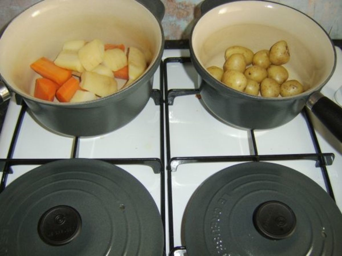 Parboiled and drained vegetables are allowed to steam