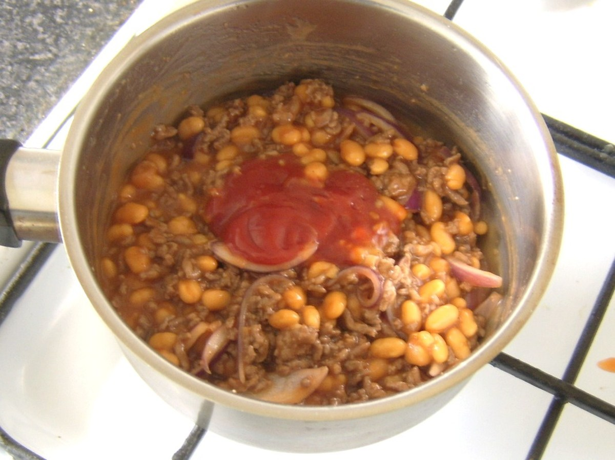 Tomato ketchup is an optional ingredient in the mince and baked beans