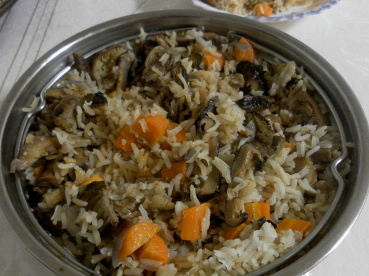 Special chicken and mushroom rice is ready!