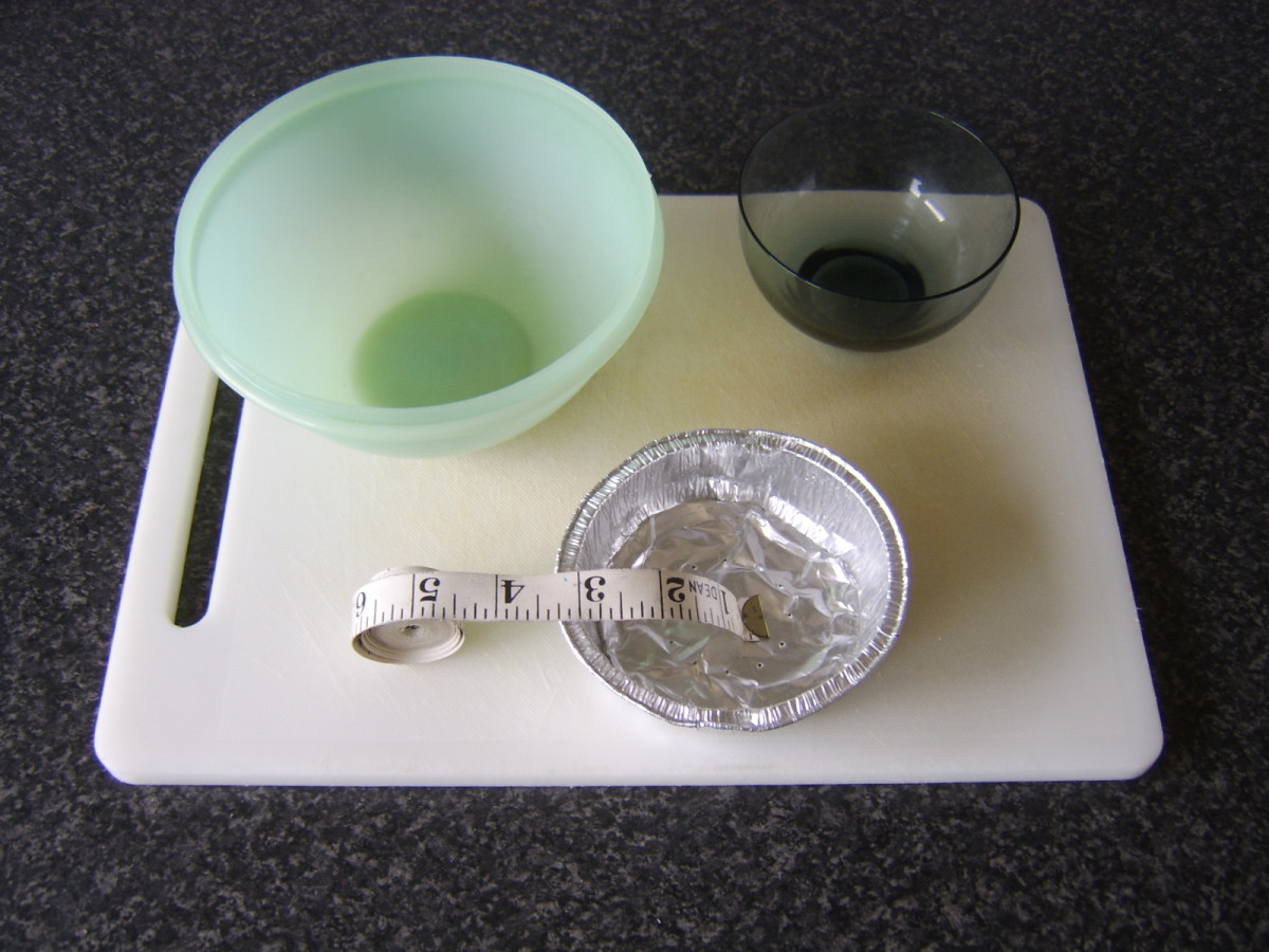Measuring small foil pie moulds to find suitable templates for cutting the pastry