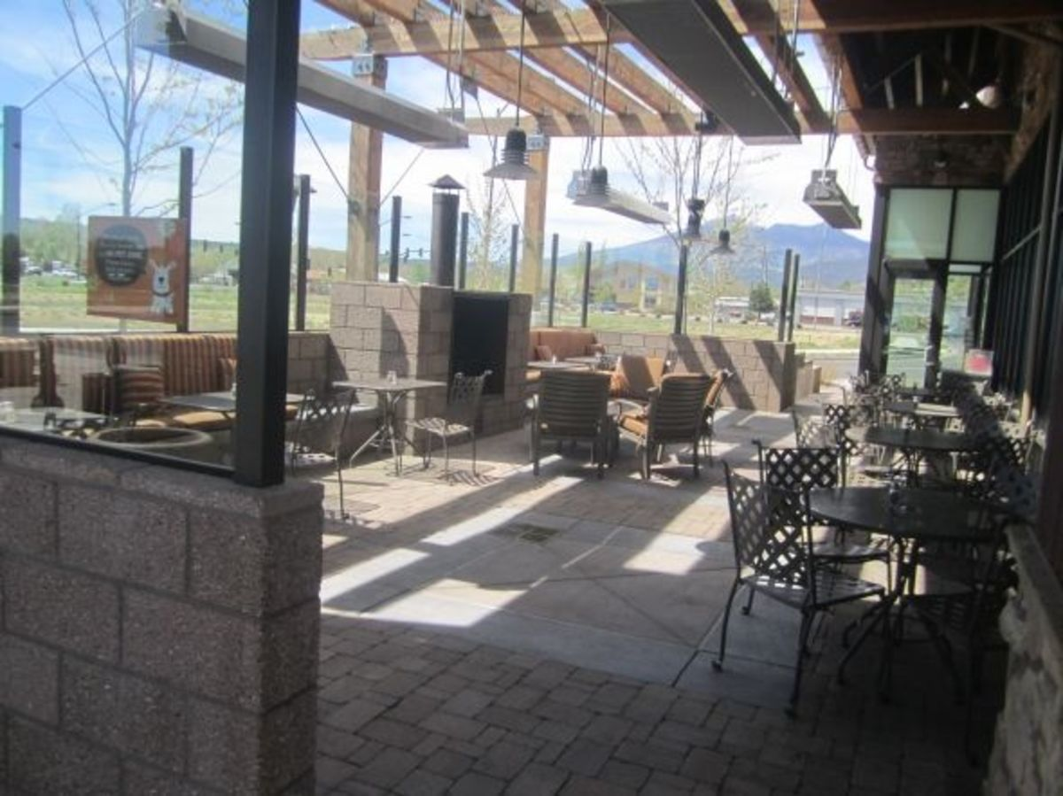 Outdoor seating at Wildflower Bread Company