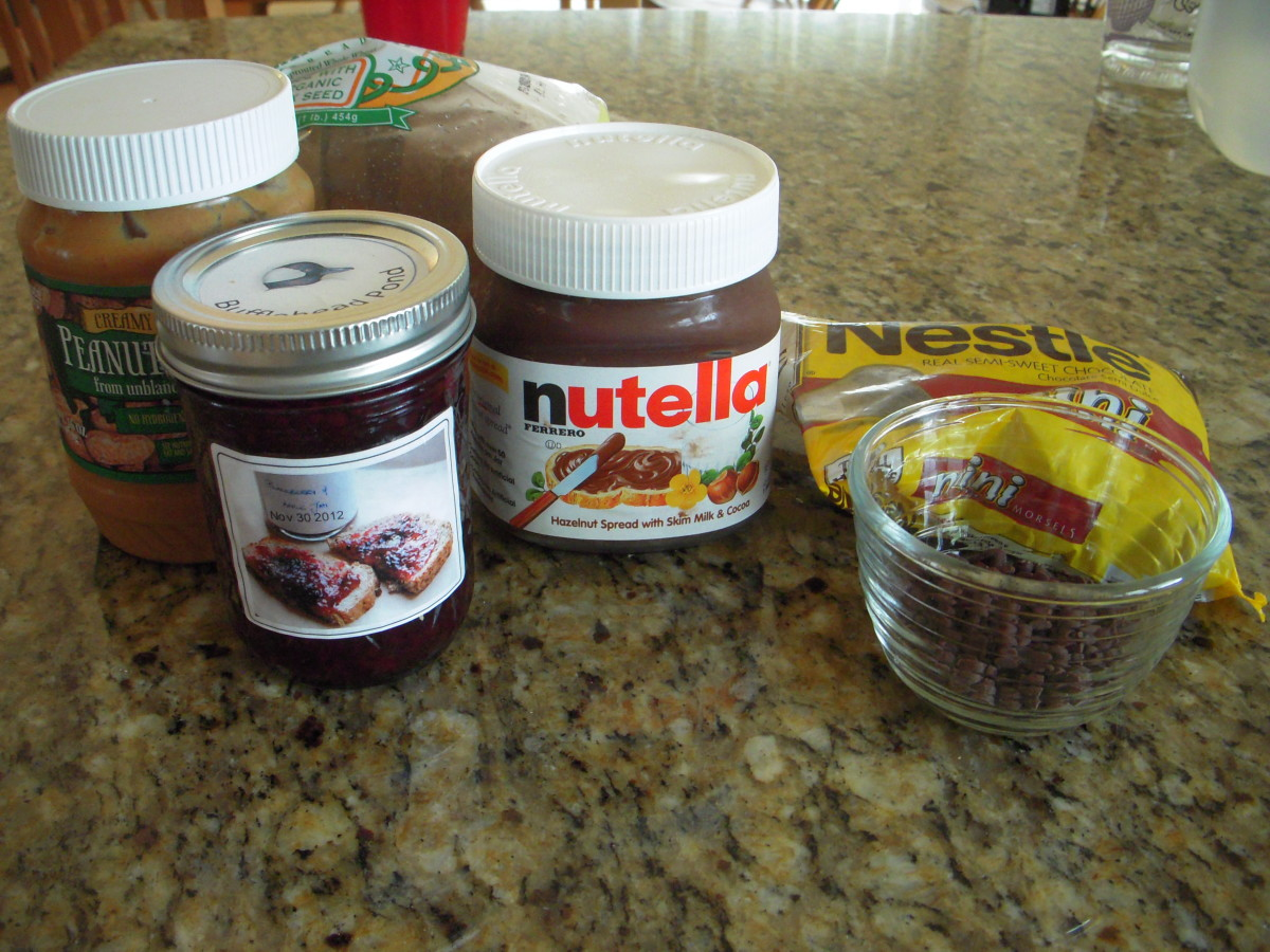 Ingredients for Nutella, peanut butter and chocolate chips sandwich