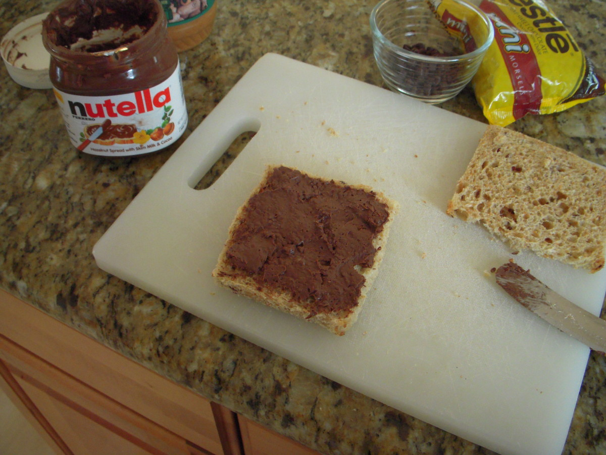Spread Nutella on one slice of bread