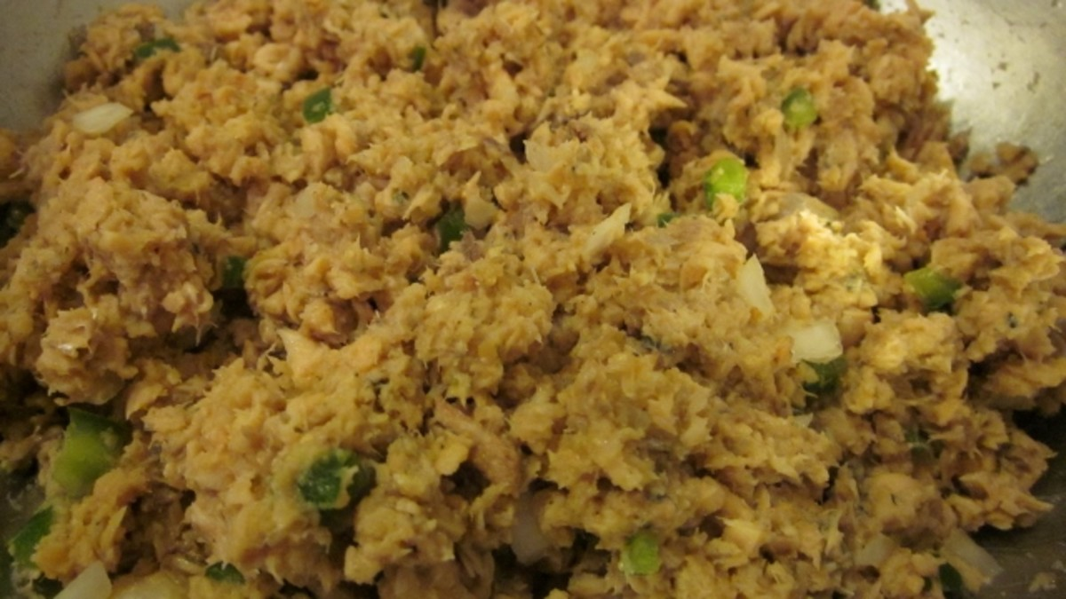 Salmon mixture is blended and ready to be formed into patties.