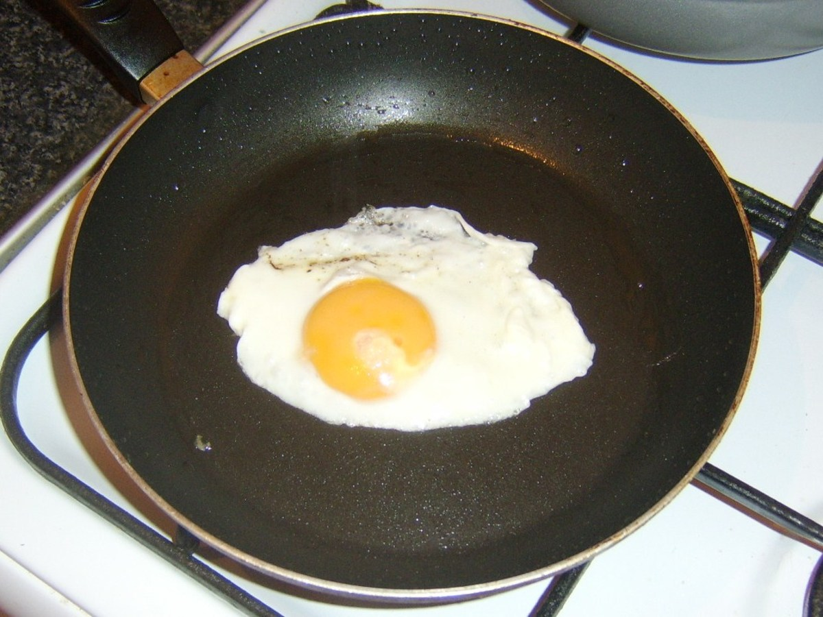Frying the all day breakfast egg