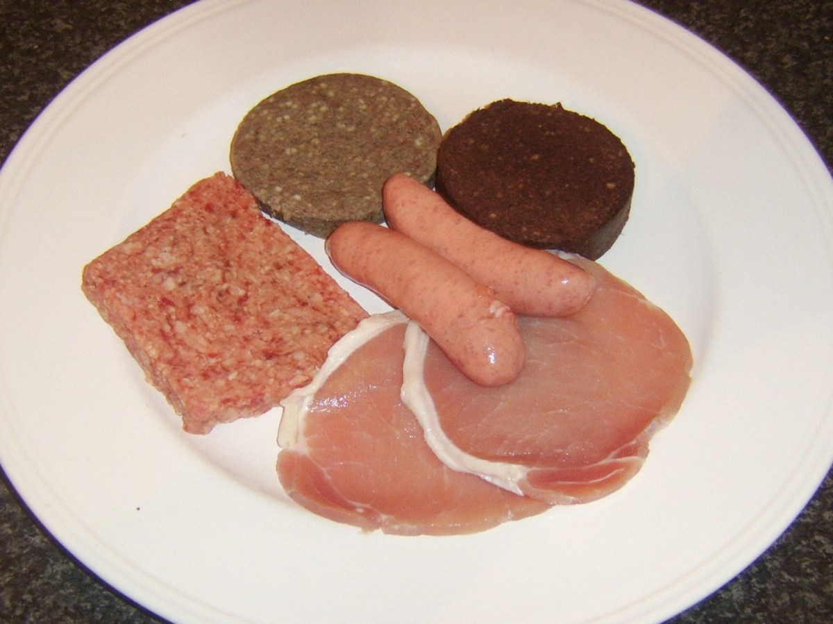 Meat components of an all day Scottish breakfast