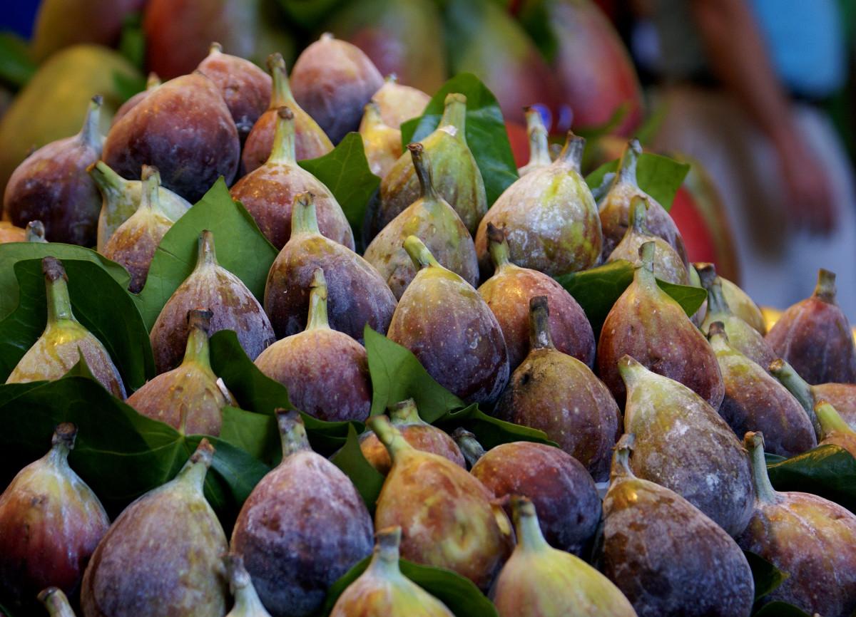 Wine Pairings and Peak-Season, Fresh Figs