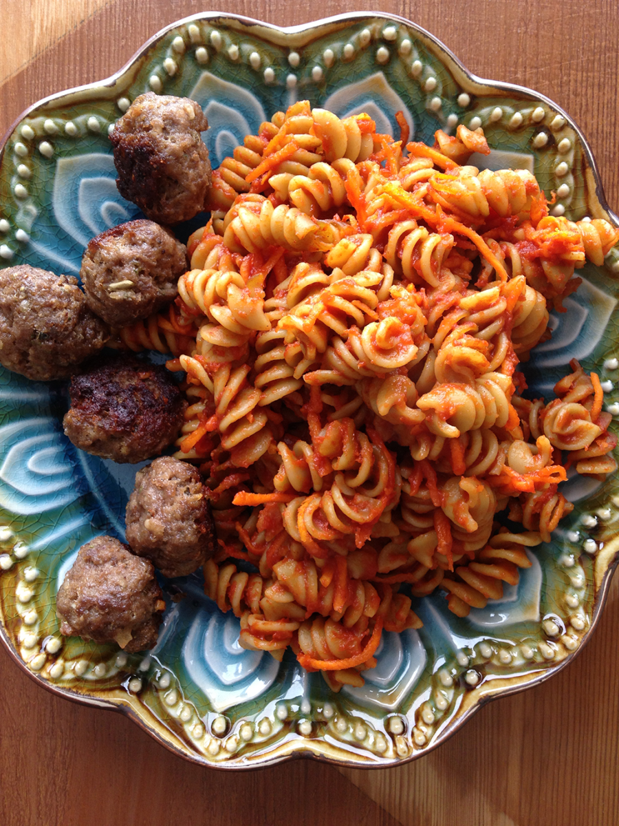 Zucchini and Spinach Rotini With Freshly Shredded Carrot and Homemade Italian Meatballs