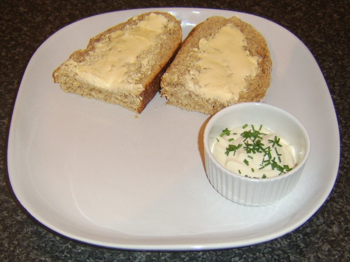 Bread and butter with garlic and chive dip
