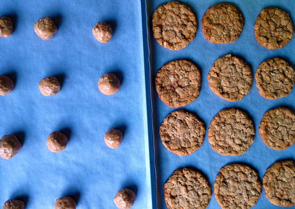 Pre- and Post-Oven Oatmeal Cookies