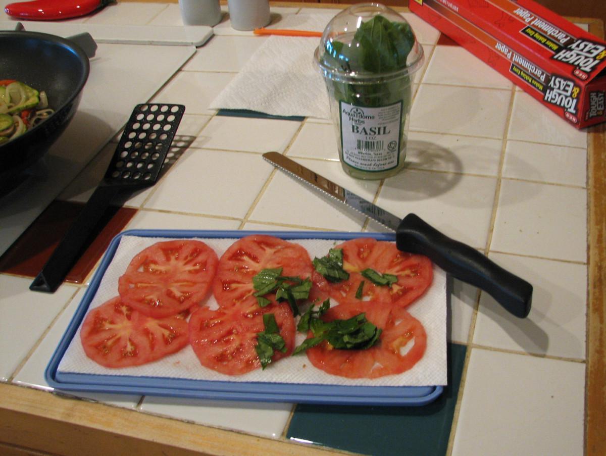 Slice and drain the tomato slices
