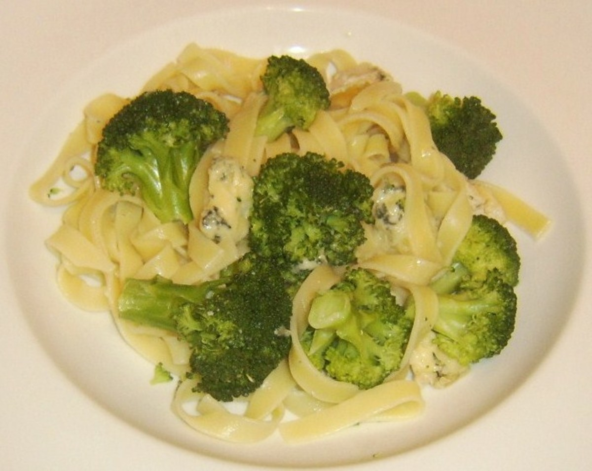 Broccoli and Stilton tagliatelle is plated