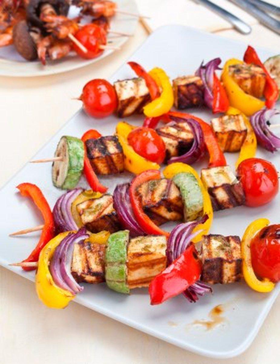 Halloumi featuring on BBQd kebab sticks.