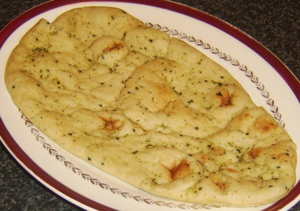 Garlic and cilantro/coriander naan bread