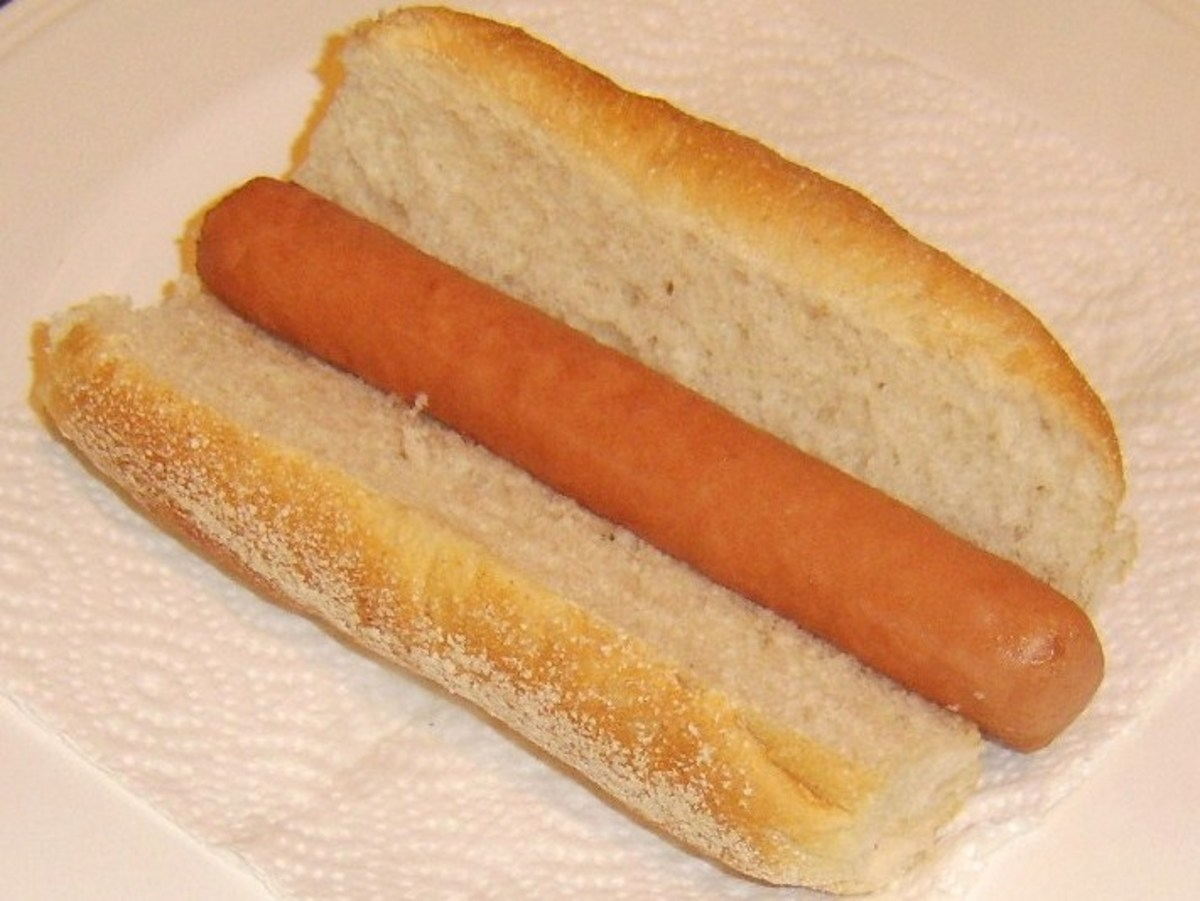 Hot dog is placed in sub roll