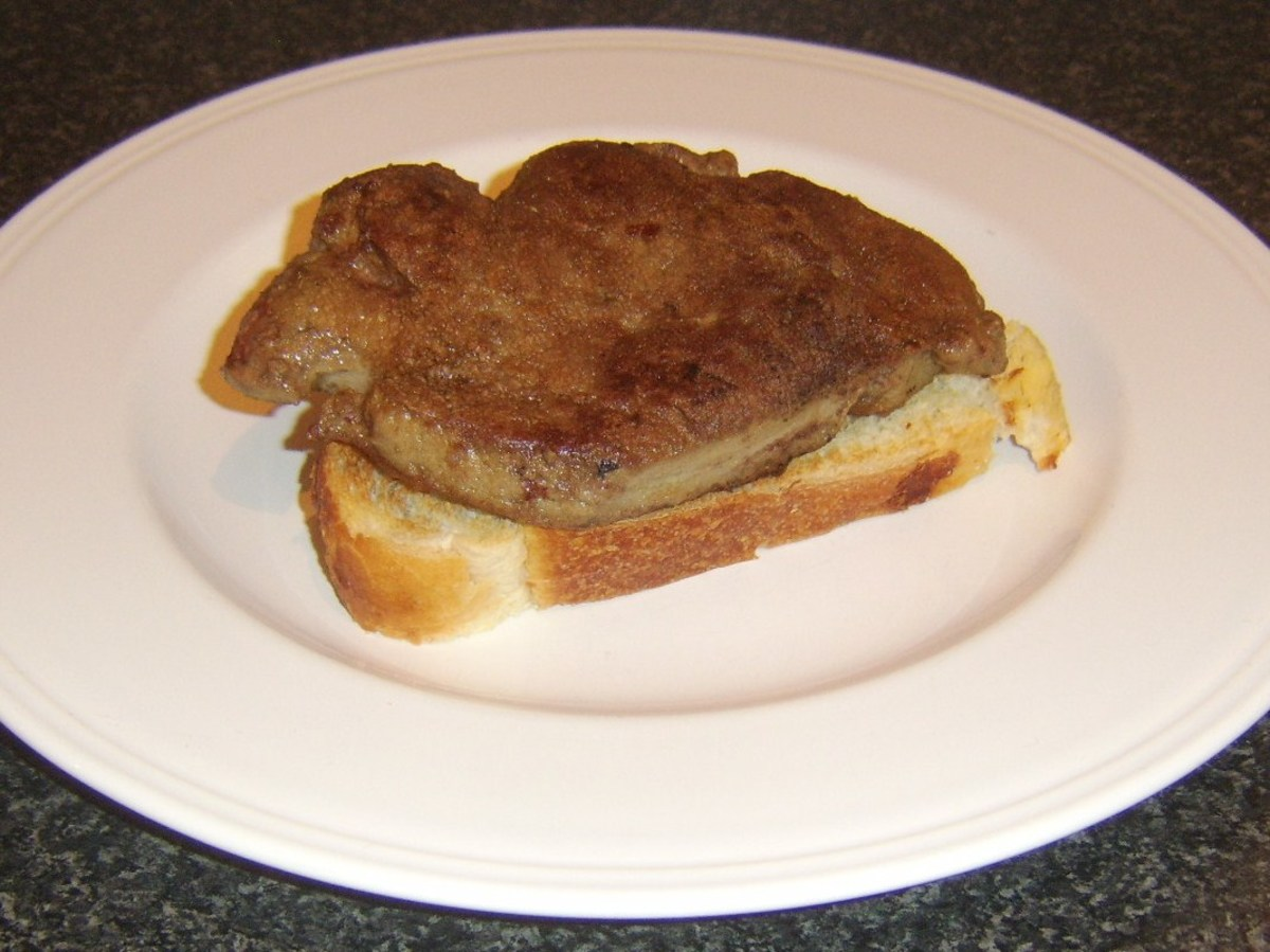 Ox liver is laid on toast