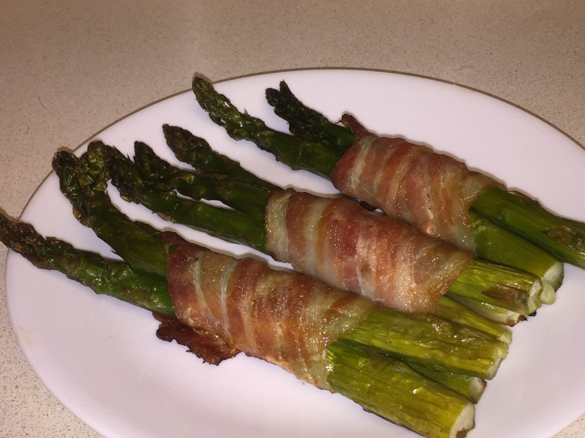 Large asparagus spears