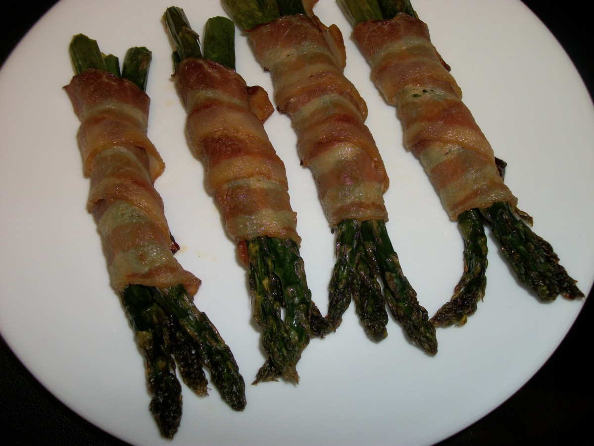 Fresh asparagus wrapped in bacon
