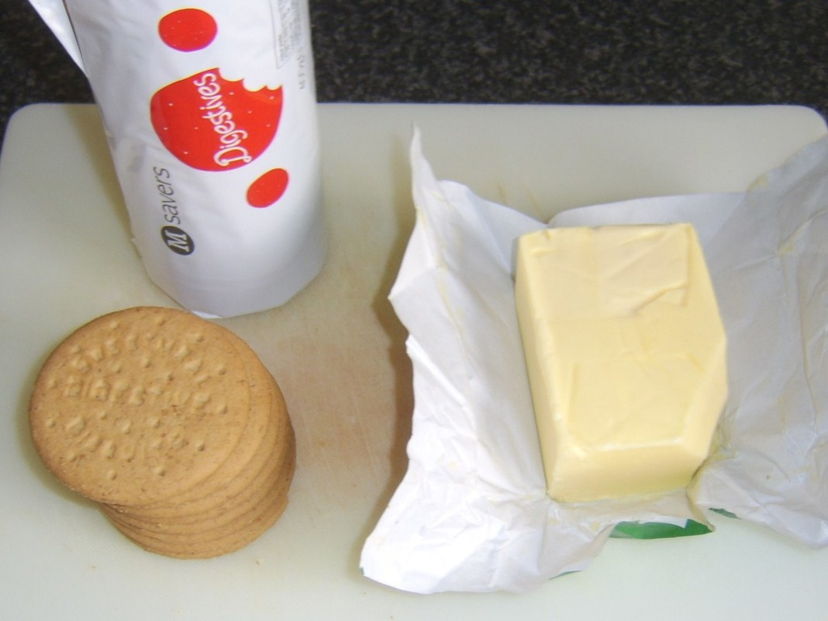 Digestive biscuits and butter for cheesecake base
