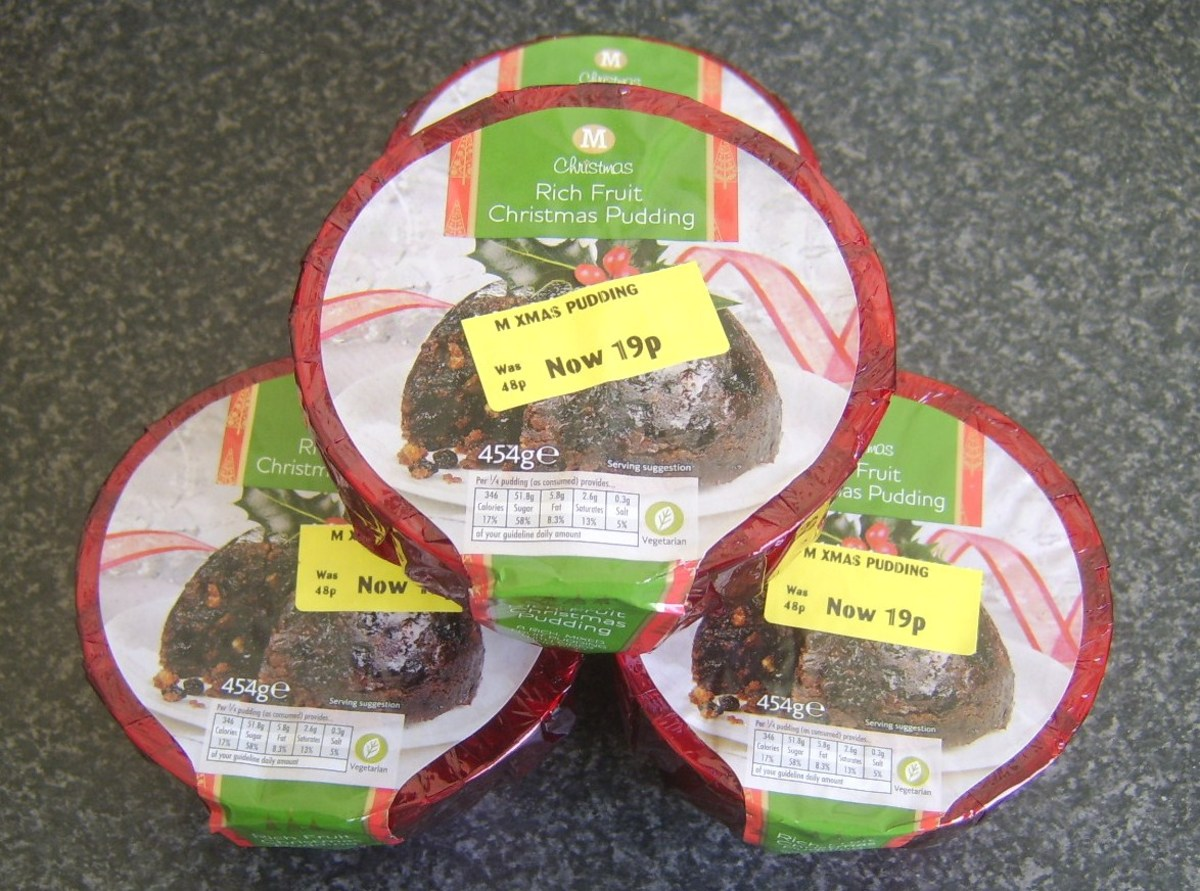 Christmas puddings drastically reduced in price