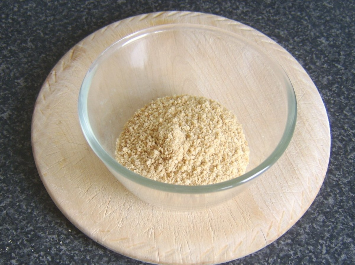 Biscuit crumb for cheesecake base