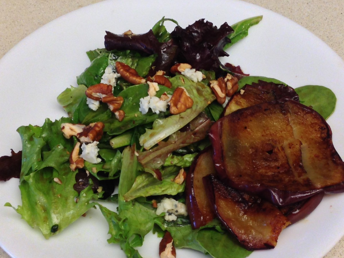 Farmhouse Salad with apple, nuts, and Gorgonzola cheese