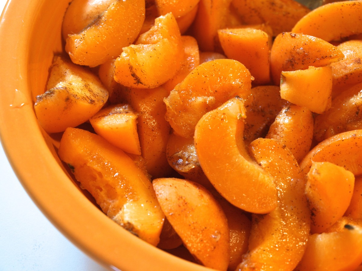 Prepare the fruit as instructed.  These are apricots sprinkled with cinnamon.